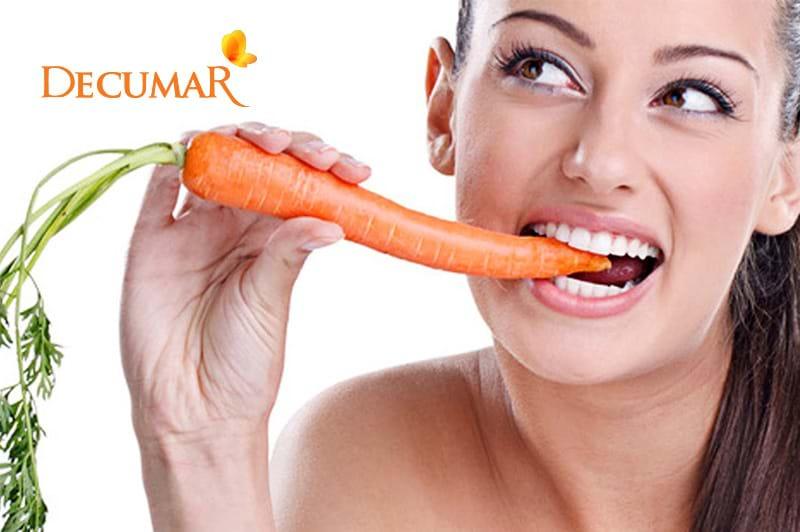 trị mụn trứng cá tuổi dậy thì bằng cà rốt