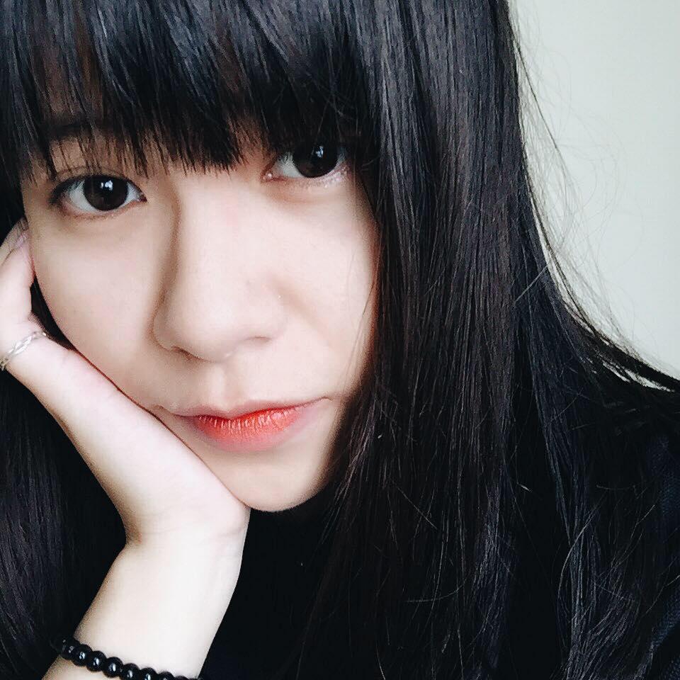 Bất ngờ với câu chuyện trị mụn có thật của cô nàng Khánh Huyền