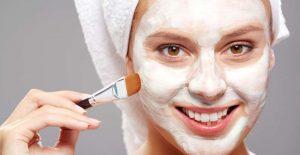 Lời khuyên cho những cô nàng da nhờn giúp trị mụn hiệu quả