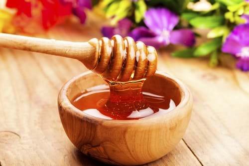 Cách trị sẹo rỗ hiệu quả bằng mật ong