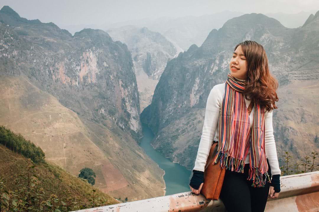 Hoảng hốt với bí kíp giữ da siêu đẹp sau XX ngày đi du lịch của Backpacker Mai Hương