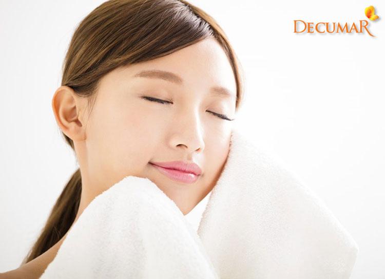 Sữa rửa mặt ngừa mụn cung cấp nhiều dưỡng chất tốt cho da