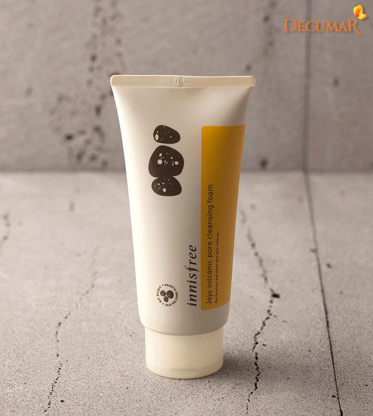 Sữa rửa mặt Innisfree Jeju Volcanic Pore Cleansing Foam