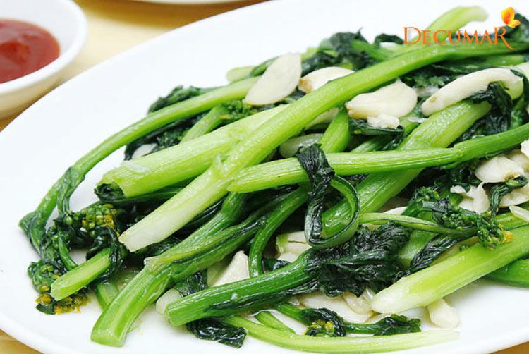 Ăn rau cải khi bị trầy xước da