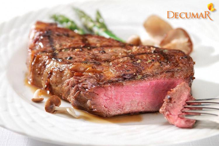 Không ăn thịt bò khi bị trầy xước da