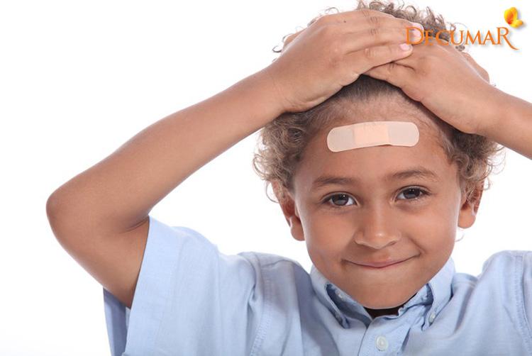 Phải xử lý như thế nào khi da đầu trầy xước?