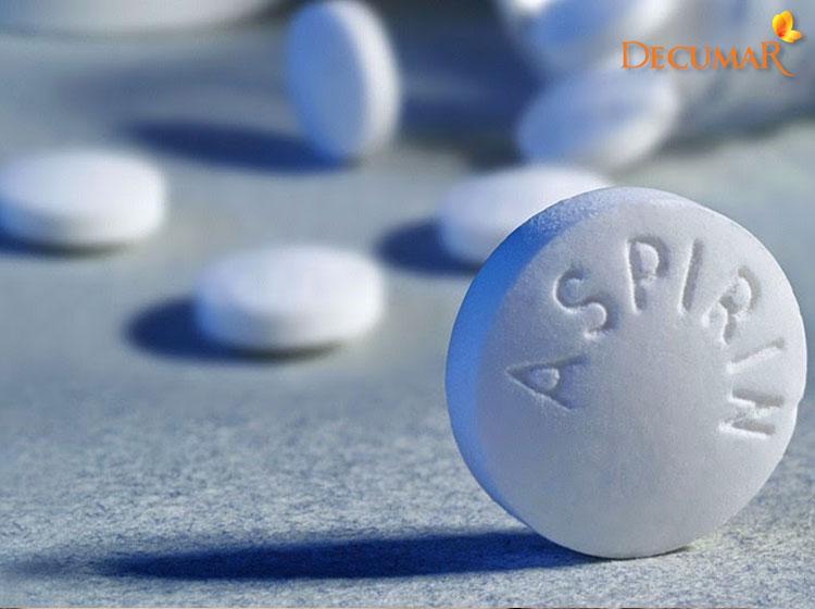 Aspirin trị mụn bọc sưng đỏ