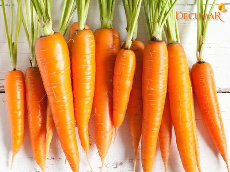 Sử dụng Cà rốt chữa mụn bọc