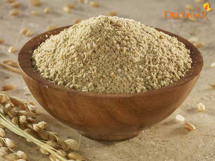 Sử dụng cám gạo là cách trị vết thâm mụn ở mặt cho da khô hiệu quả.
