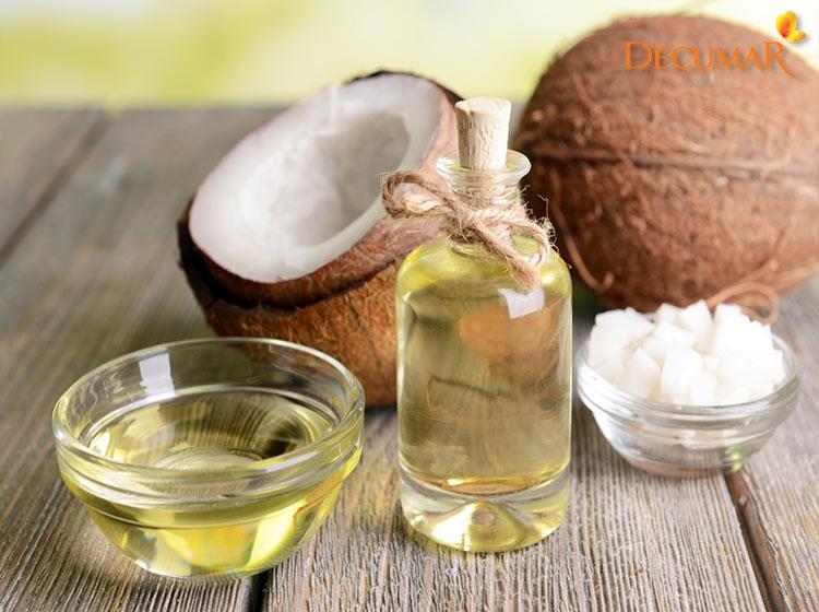 Dầu dừa là nguyên liệu tự nhiên chăm sóc da mụn