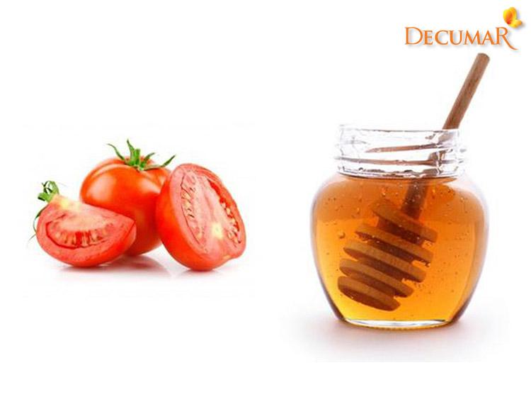 Cà chua và mật ong trị sẹo thâm lâu năm nhanh nhất