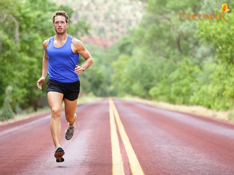 Tập luyện thể thao giảm nguy cơ gây mụn bọc
