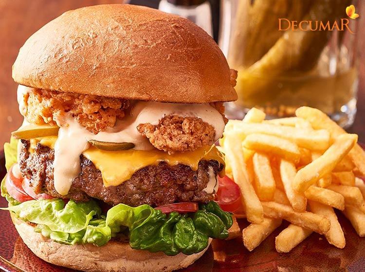 Đồ ăn nhanh có thể là tác nhân gây mụn viêm