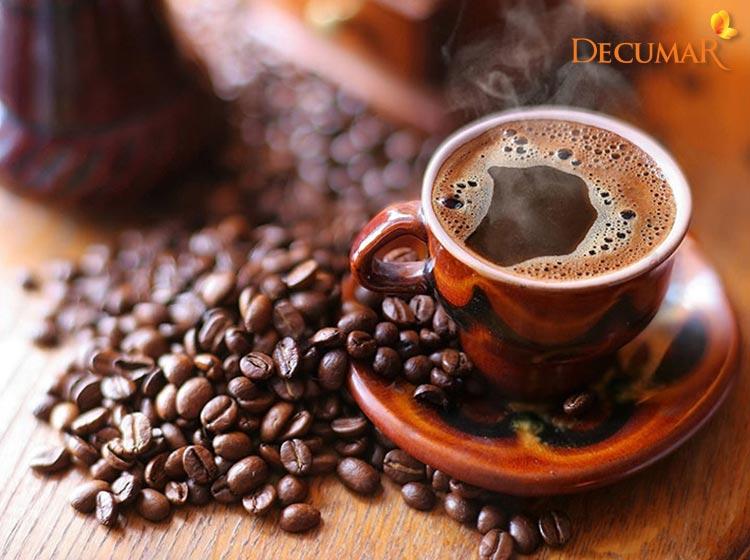 Bị mụn viêm không nên ăn gì? - Caffeine
