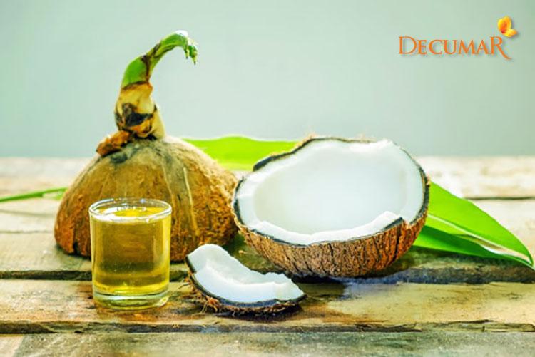 Dầu dừa có nhiều tác dụng với làn da, trong đó trị thâm rất tốt