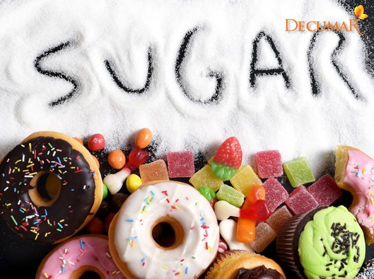 Đường kẹo, đồ ngọt không nên ăn khi bị mụn viêm
