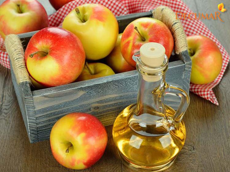 Dùng giấm táo trị sẹo thâm cho da nhờn