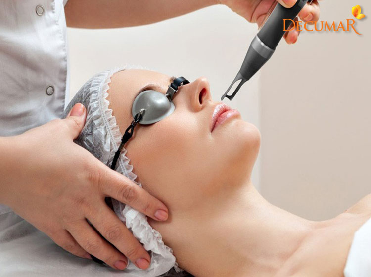 Tuy hiệu quả nhưng trị sẹo thâm bằng laser cũng chứa nhiều rủi ro