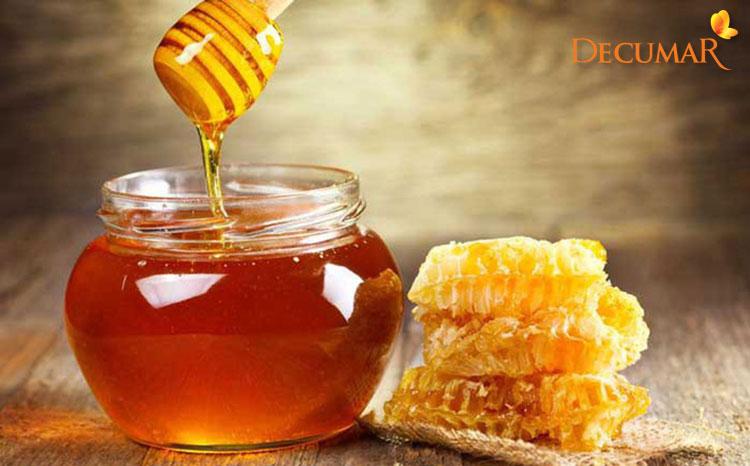 Mật ong chứa rất nhiều dưỡng chất và vitamin tốt cho da của bạn