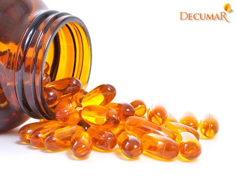 Trị sẹo thâm lâu năm ở chân bằng Vitamin E bôi trực tiếp trên da
