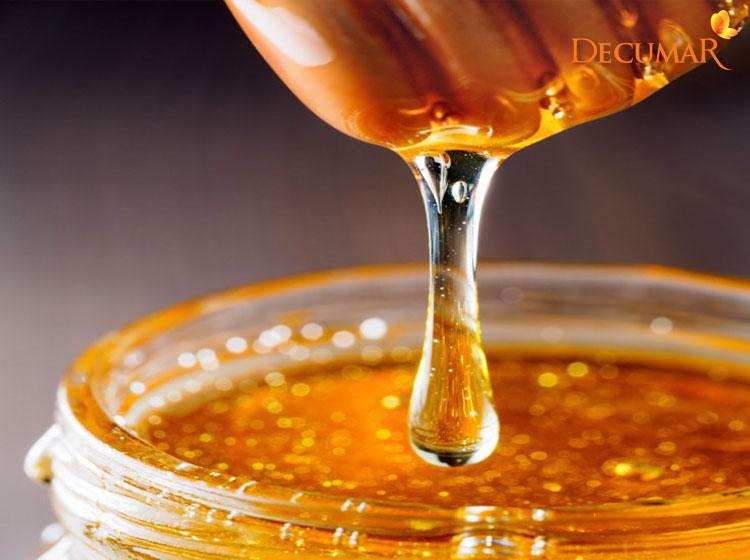 Với thành phần vô cùng tốt cho da, hoàn toàn có thể trị mụn viêm bằng mật ong được