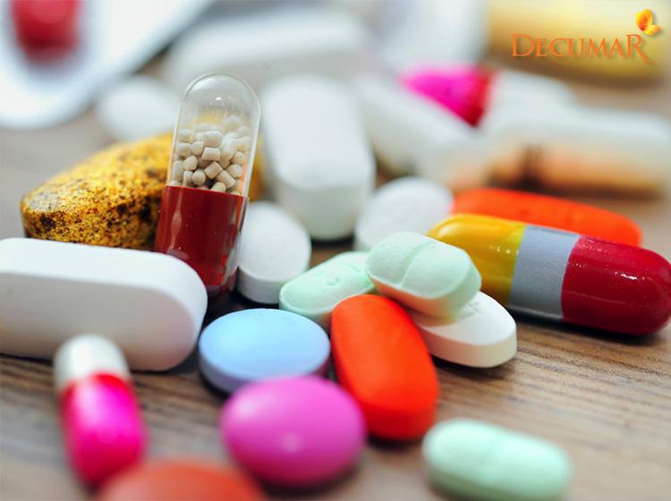 Sử dụng thuốc uống trị mụn