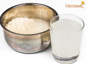 Có thể trị mụn thâm bằng nước vo gạo không?