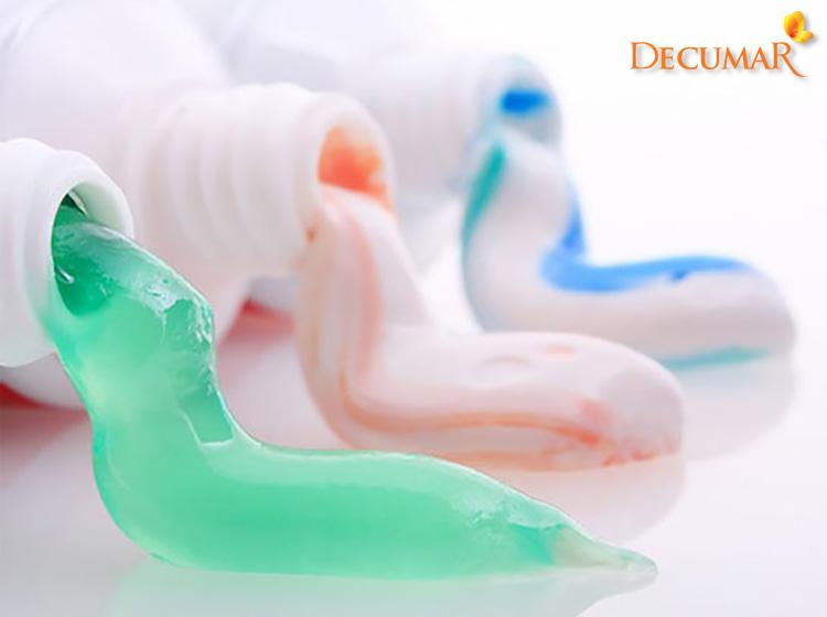 Rất nhiều người tin rằng có thể trị mụn viêm bằng kem đánh răng được