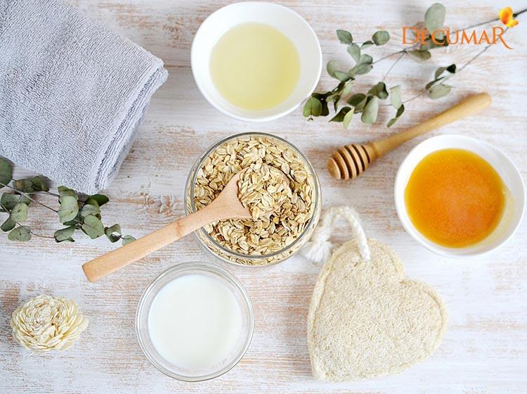 Yến mạch, mật ong là một vài nguyên liệu tự nhiên trị mụn viêm