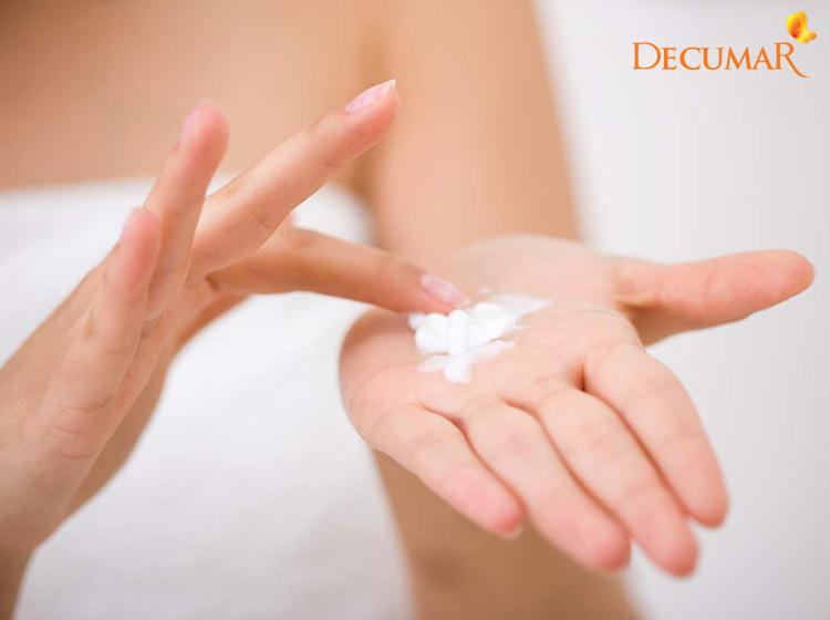 Có rất nhiều những loại thuốc bôi da giúp điều trị mụn nước hiệu quả