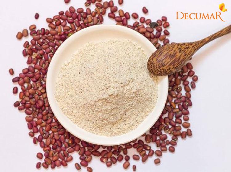 Sử dụng bột đậu đỏ và nghệ vàng ngâm mật ong sẽ giúp dưỡng trắng da hiệu quả