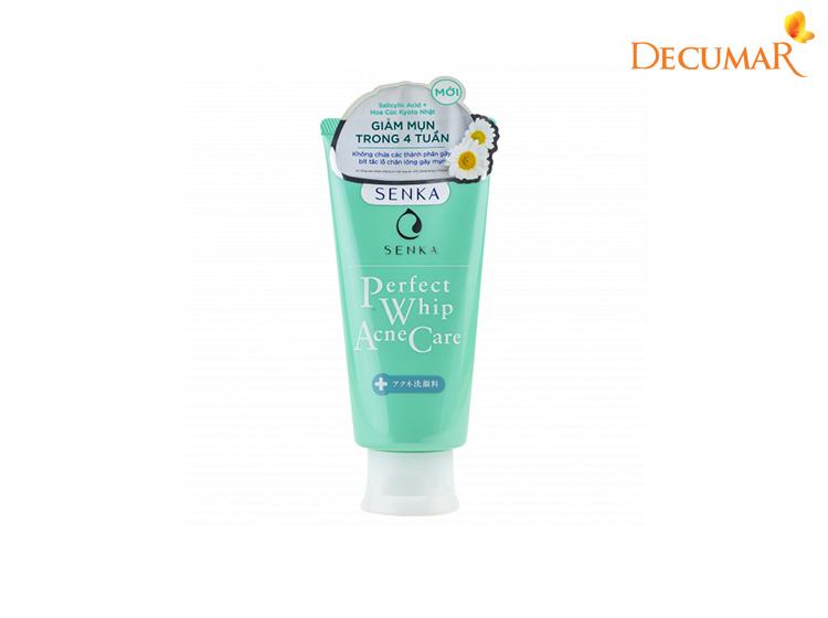 Senka Perfect Whip Acne Care có tác dụng rất tốt cho da mụn mà mức giá lại phải chăng