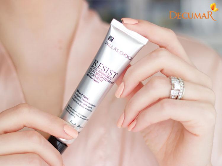 Sản phẩm Paula's Choice Skin Brightening Treatment