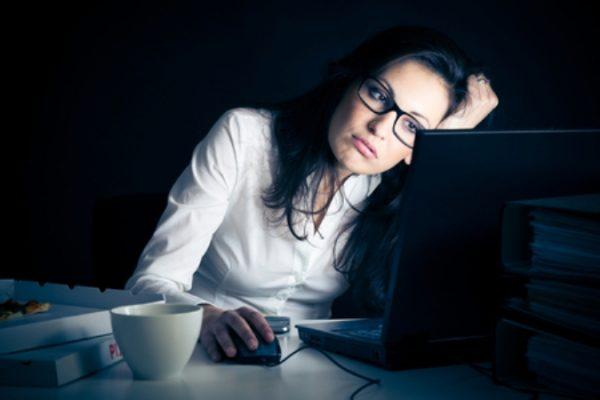 Thức khuya gây hại sức khỏe