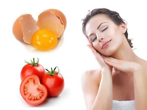Cà chua và lòng trắng trứng gà