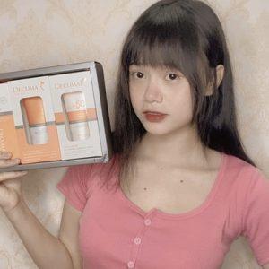 """Nữ streamer Phan Trang xuýt xoa vì """"Gấu"""" tâm lý khi mua ….. Gel trị mụn"""