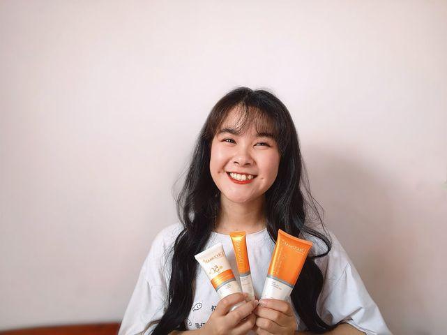 """Hành trình của cô gái 18 tuổi đánh bay mụn cùng sản phẩm """"hàng Việt chất lượng ngoại"""""""